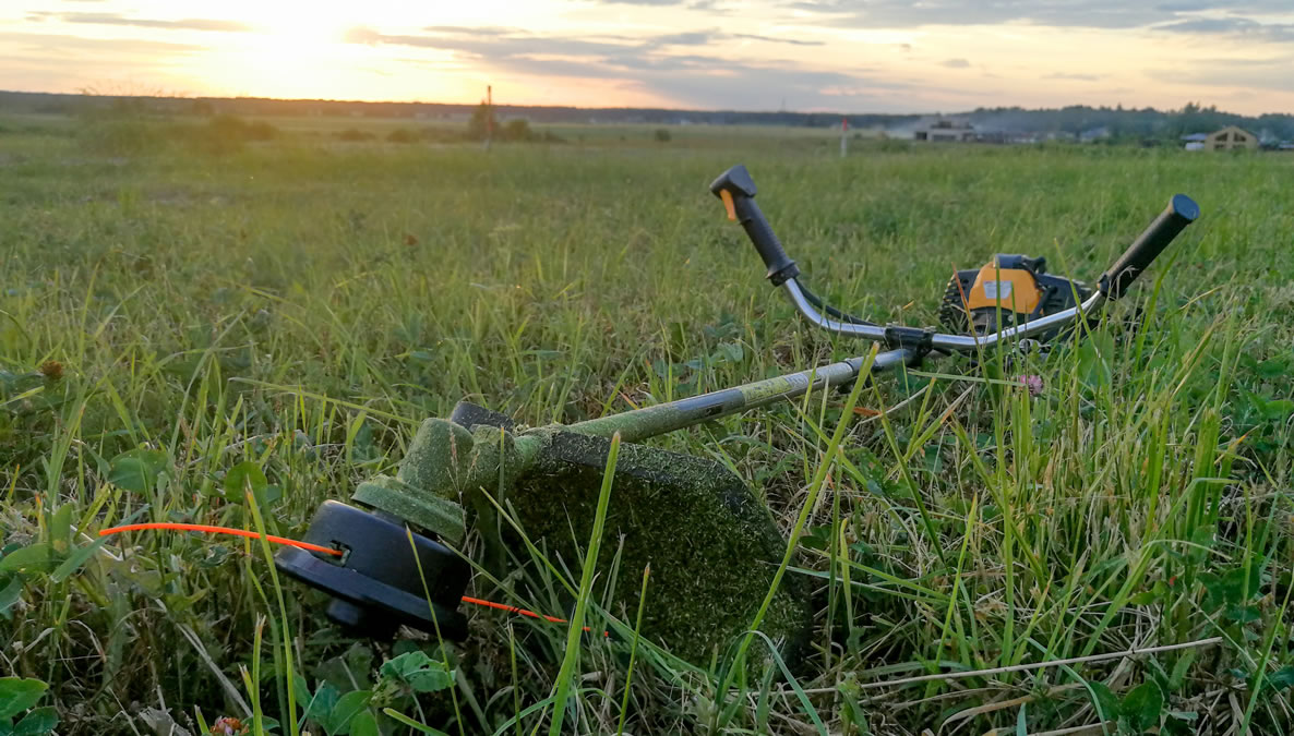 Gas & Electric String Trimmers